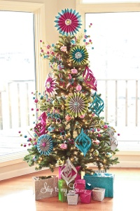christmas-trees-decorated-4fq3uvnz